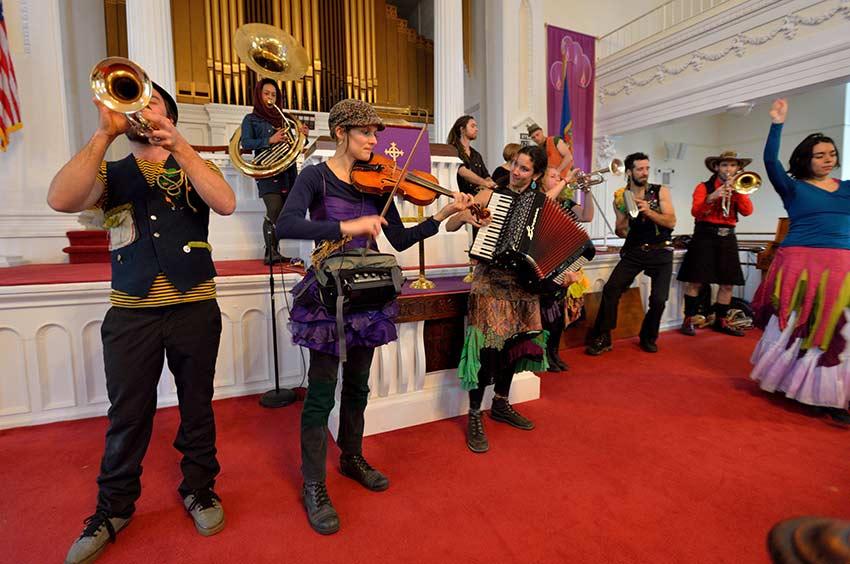Gypsy Kumbia Orchestra | sinterklaashudsonvalley.com