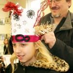 dad-fitting-the-crown | sinterklaashudsonvalley.com